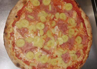 pizaa a domicilio pizzeria fornoforo manu max