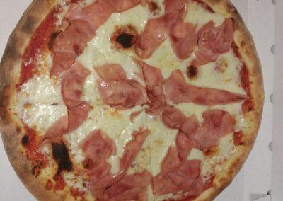 pizza a domicilio fornodoro pizzeria