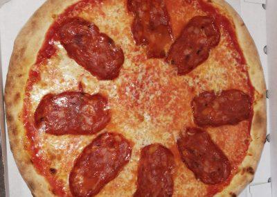 pizza salamino picante italiana fornodoro pizzeria